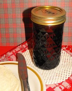 Home Canning Grape Jelly - A Peanut Butter and Jelly sandwich would not be complete without the traditional Grape Jelly!