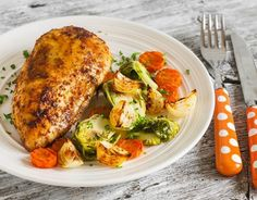 Here are 100 Weight Watchers Freestyle Zero Points recipes to enjoy. These Weight Watchers Freestyle 0 Point Healthy Recipes are family friendly too! Weight Watchers Meal Plans, Weigh Watchers, Weight Watchers Diet, Ww Recipes, Chicken Recipes, Cooking Recipes, Healthy Recipes, Bariatric Recipes, Healthy Chicken