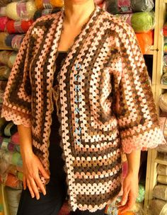 Alize Angora Gold Batik se encuentra ahora entre los clásicos con nuestra chaqueta hexagonal-S . Crochet Coat, Crochet Cardigan Pattern, Crochet Blouse, Crochet Granny, Crochet Motif, Crochet Shawl, Crochet Clothes, Crochet Baby, Crochet Square Patterns