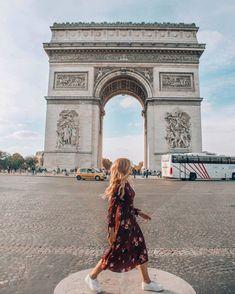 Paris travel tips. Paris Photography, Travel Photography, Travel Pictures, Travel Photos, Paris In October, Places To Travel, Places To Go, Paris Torre Eiffel, Grand Paris