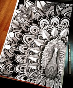 Here are some easy Mandala design and drawing on canvas ideas for therapy and inner healing. Mandala Art Lesson, Mandala Doodle, Mandala Artwork, Easy Mandala Drawing, Zen Doodle, Mandala Sketch, Mandala Tattoo, Doodle Art Drawing, Cool Art Drawings