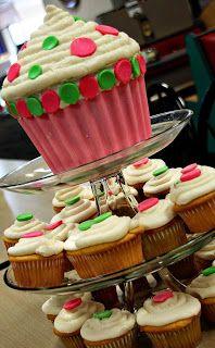 giant cupcake and regular cupcakes