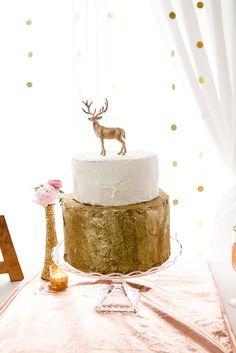 Cedarwood Weddings, Nashville Wedding Venue, Wedding Cakes, Gold Wedding Cake, Deer Cake
