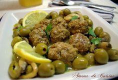 viande hachee aux olives.CR2 Plats Ramadan, Chhiwat Ramadan, Turkish Recipes, Ethnic Recipes, Algerian Recipes, Algerian Food, Diet Recipes, Cooking Recipes, Oriental Food