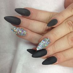 Matte nails. #lovely #beautie