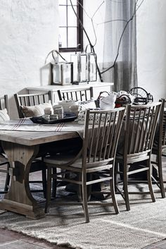 Home and Cottage dining chairs