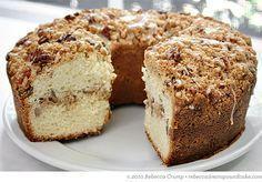 The Barefoot Contessa's Sour Cream Coffee Cake with Brown Sugar-Pecan Streusel | Ezra Pound Cake. Scrumptious.
