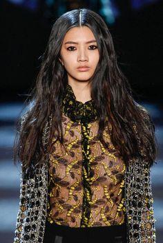 Monique Lhuillier Automne/Hiver 2016, Womenswear - Défilés (#24285)