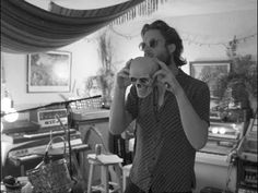 Clips and film from studio sessions of Father John Misty's album God's Favorite Customer. Pappa Johns, Father John, Breeze, Aesthetics, Handsome, Icons, God, Feelings, Illustration