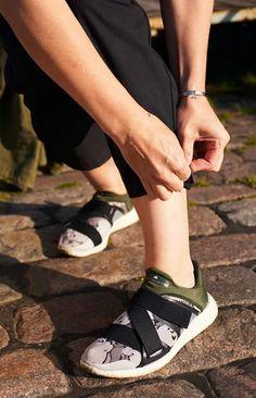 TAUKO x Hanna G jumpsuit coal black Sustainable Design, Jumpsuit, Legs, How To Wear, Black, Style, Overalls, Swag, Black People