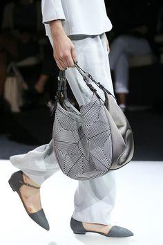 Giorgio Armani Spring 2015 RTW – Runway – Vogue