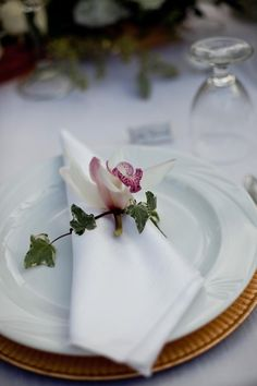 Orchid place setting
