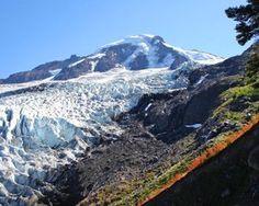 Helitrope Ridge Hike: 5.5 mi round trip, elevation gain 1400 ft, late aug-early oct Near Mount Baker
