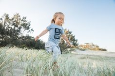 Off Duty kids graphic design t-shirt. Perfect gift idea for girls and boys. Summer wardrobe essential. Modern tee for awesome kids. #Little_CEO #minimalist #beach #fashion #style  www.littleceoapparel.com