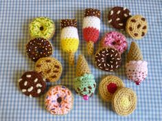 Ravelry: Party Treat Food Amigurumi Crochet Pattern pattern by Moji-Moji Design Crochet Food, Love Crochet, Modern Crochet, Knitting Patterns, Food Patterns, Party Treats, Double Knitting, Lana, Softies