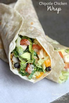 Chipotle Chicken Wraps that taste better than from my favorite restaurant! These wraps are AMAZING! And super easy to ma. Chipotle Chicken Wrap Recipe, Chicken Wrap Recipes, Chipotle Sauce, Avocado Chicken, Bacon Avocado, Potato Recipes, Chicken Wraps, Chicken Tacos, Mexican Food Recipes