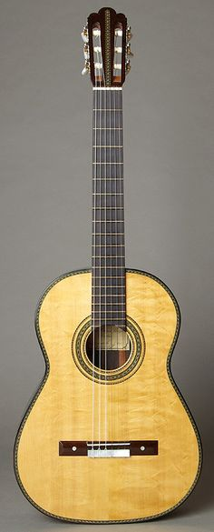 """Voigt Torres-Modell """"Adelita"""" with bearclaw spruce top"""