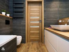 Graphite and wooden bathroom - Small bathroom in the attic in a block of flats in a single-family house without window, modern style - Photo by Renee's Interior Design Mold In Bathroom, Wooden Bathroom, Rustic Bathrooms, Small Bathroom, Bathroom Remodel Cost, Bathroom Renovations, New Bathroom Ideas, New Toilet, Contemporary Bathrooms