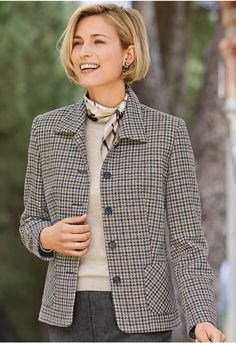 Highlighting a wool check woven in a British heritage mill, this classic fully lined jacket has gentle body shaping in the seams, a neat collar and patch pockets. English Country Fashion, Ways To Wear A Scarf, How To Wear, Older Women Fashion, Womens Fashion, Poncho Coat, Classy Casual, Couture, Autumn Fashion