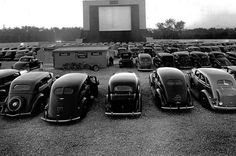 The first drive in movie theater 1933.... EPIC