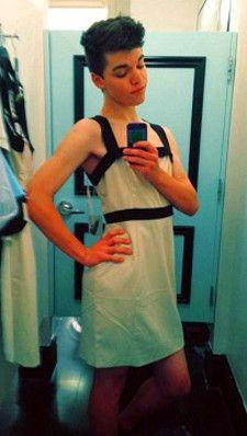 Leelah Alcorn Wikipedia article on a Transgenger teen