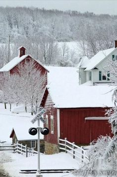 CURB APPEAL – another great example of beautiful design. The Enchanted Home: By Invitation Only, an old fashioned Christmas. Winter Magic, Winter Snow, Winter Time, Winter Christmas, Winter Road, Winter Travel, Country Barns, Country Life, Country Charm