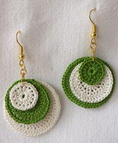 for price and shipping please dm me Crochet Jewelry Patterns, Crochet Earrings Pattern, Crochet Hair Accessories, Crochet Designs, Love Crochet, Crochet Gifts, Crochet Mignon, Confection Au Crochet, Brick Stitch Earrings