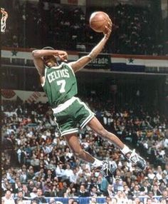 Dee Brown And Shawn Kemp Battled It Out During The 1991 Slam Dunk Contest Heres A Look At Kicks On Their Feet