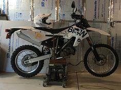 2009 BMW G450X - Oneal Helmet Yamaha, Wheels, Bicycle, Bmw, Vehicles, Bicycle Kick, Trial Bike, Rolling Stock