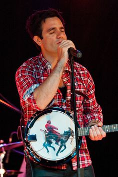 he plays the banjo. *i died*