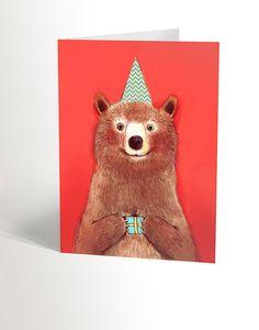 Carte illustrée avec ours  illustration à la main par valerieboivin Bear Drawing, Bear Card, Red Background, Party Gifts, White Envelopes, Illustration, I Shop, Birthday Cards, Greeting Cards