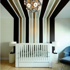 Beautiful Wall Painting Ideas that so Artsy Creative Wall Painting, Wall Painting Decor, Creative Walls, Wall Art, Diy Wall, Wall Murals, Painting Stripes On Walls, Paint Stripes, Painting Walls