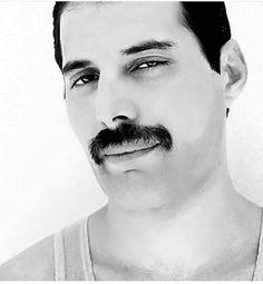 Freddie Mercury. Queen, 1980s.