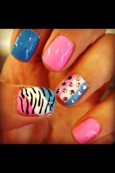 Girly nails for summer. Love the blue and pink.