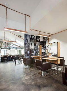Mogeen Salon & Hairschool by Dirk van Berkel, Amsterdam hairdresser