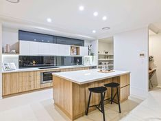 Inspiring terrace roof house located in Rochedalle, Australia, designed by Ownit Homes. Latest Kitchen Designs, Modern Kitchen Design, Ownit Homes, Storey Homes, Display Homes, House Roof, New Kitchen, Kitchen Ideas, Model Homes