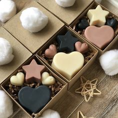 Handmade Soaps, Handcrafted Gifts, Diy Gifts For Friends, Soap Packaging, Soap Recipes, Diy Candles, Home Made Soap, Soap Making, Boyfriend Gifts