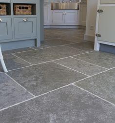 Denham limestone from Ca' Pietra. Grey limestone tiles for the kitchen. Terrazo Flooring, Stone Tile Flooring, Foyer Flooring, Natural Stone Flooring, Timber Flooring, Kitchen Flooring, Conservatory Flooring, Grey Kitchen Floor, Cottage Dining Rooms