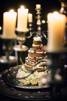 Wedding cake at Borgo Santo Pietro photo by Daniele Vertelli wedding planner Above&Beyond