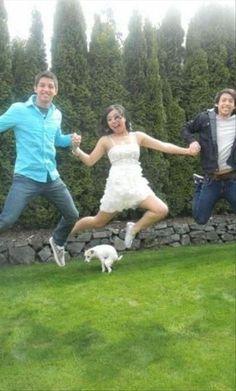 Awkward moment!!!!!!!!!!@@@@@@@@@@   Dump A Day Funny Animal Photobombs - 35 Pics