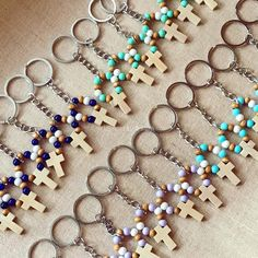 Rosary Bracelet, Bracelet Crafts, Jewelry Crafts, Tassel Jewelry, Beaded Jewelry, Beaded Bracelets, Faith Crafts, Beaded Shoes, Catholic Crafts