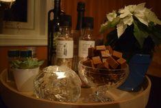 Juleoppskrifter Lavkarbo – outdoorkids White Wine, Alcoholic Drinks, Food, Caramel, Essen, White Wines, Liquor Drinks, Meals, Alcoholic Beverages