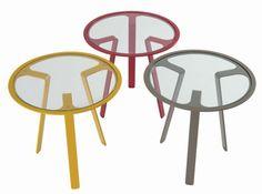 Guridon bonheur roche boboi. http://www.roche-bobois.com/#/fr-fr/products/all/all/all/all/all/81652/details/
