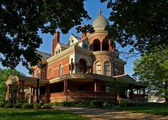The Sieberling Mansion in Akron, OH. Love the curves around the very large porch, the round tower with open-arched deck, many other creative windows. My grandfather worked for Sieberling in Akron, my mother's home town.