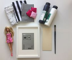 """A """"concept"""" works through the Sites and pages of the system world: Ikea Hacks. Diy Barbie Furniture, Dollhouse Furniture, Modern Dollhouse, Diy Dollhouse, Barbie Clothes, Barbie Dolls, Baby Zimmer Ikea, Diy Lit, Doll House Plans"""