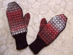 Ravelry: pixieface's Cherry Coke Float Mittens