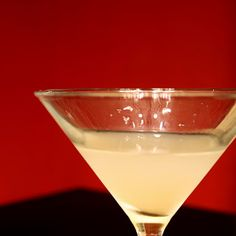 The Amateur Mixologist: Bee's Knees