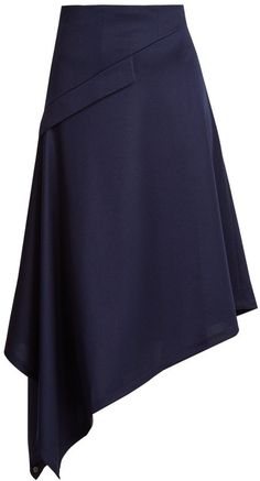 Flirty and sexy. Would be great for going out around town. Midi Rock Outfit, Midi Skirt Outfit, Skirt Outfits, Work Fashion, Skirt Fashion, Lovely Dresses, Beautiful Outfits, Oversized Striped Shirt, Navy Skirt