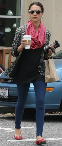 Who made Jessica Alba's pink scarf, skinny jeans, gray plaid wallet and black shirt that she wore in Los Angeles on June 3, 2010?