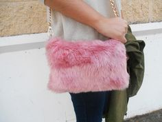 #blogger #style #fashion #trends #girl #brunette #ootd #winter #look #outfit #furry #purse #pink #jeans #gold #sweater